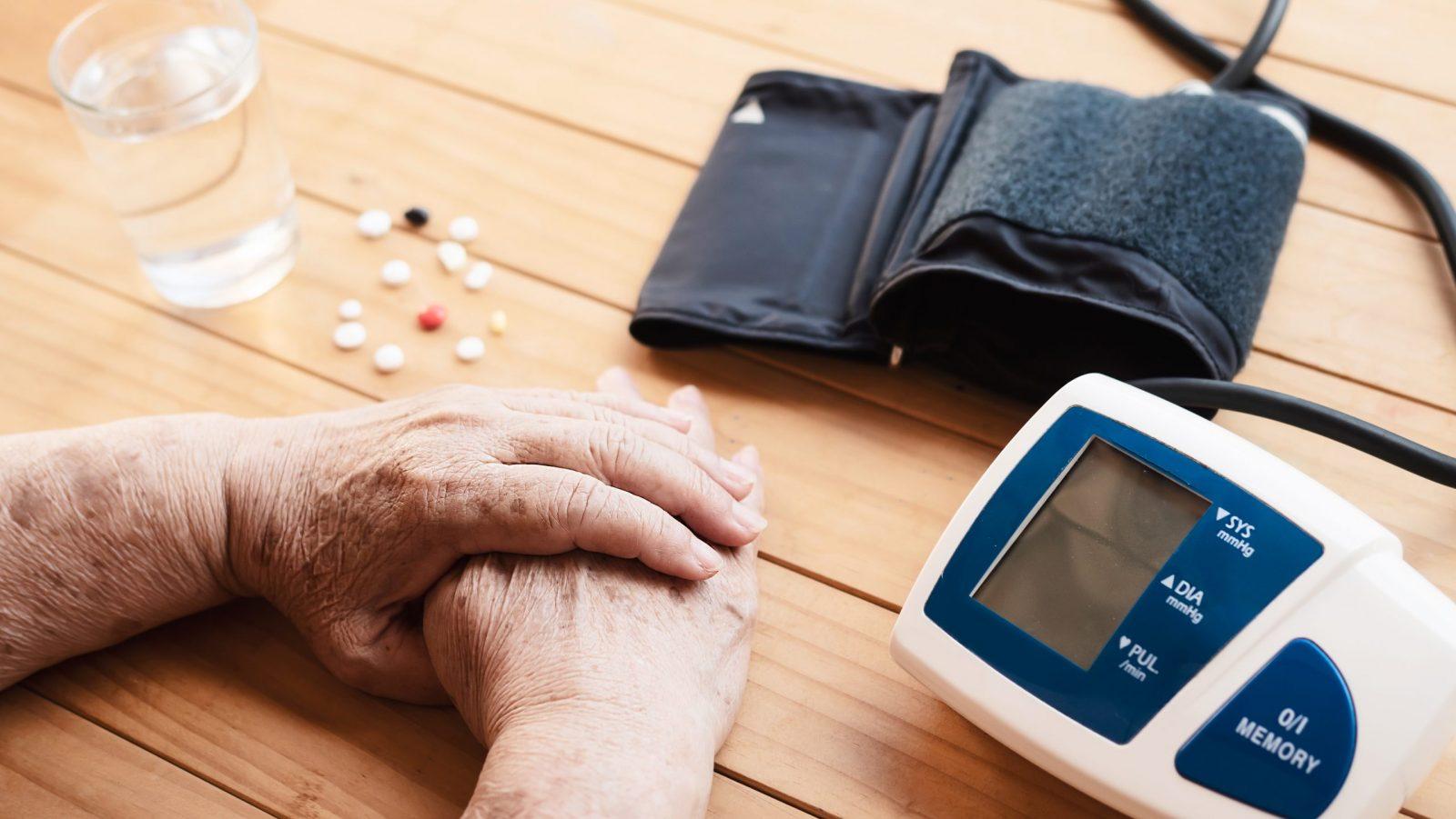 ¿Qué es la hipertensión? – Causas, síntomas, cuidado y prevención